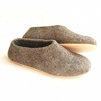 Woolen Footwear - Apparel and Garments - NepalB2B